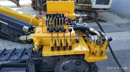 Hydraulic control valve position in Ingersoll Rand CM351 DTH pneumatic crawler rock drilling rig